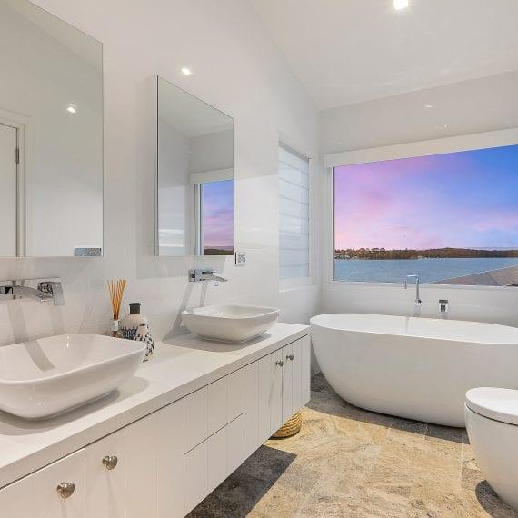 Nords Wharf Bathroom